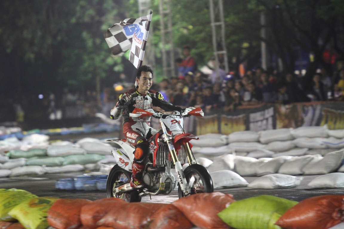 Gerry Salim Juarai Special Series 76 Trial Game Asphalt